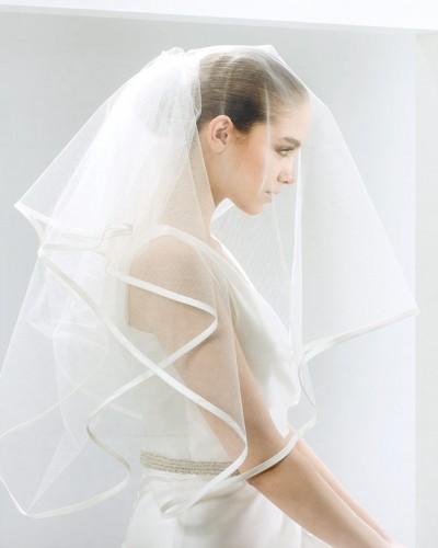 The universe of wedding dresses veils