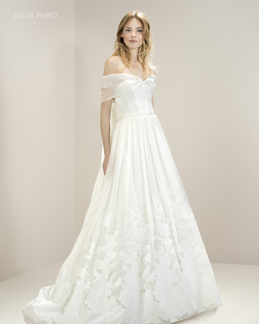 Vestido novia Jesús Peiró Ref.8019